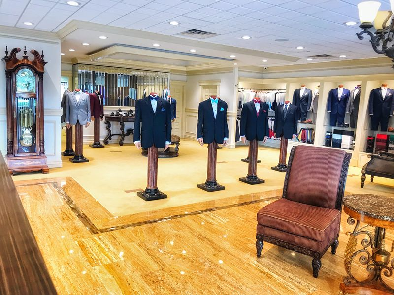 Beau's Tuxedos Provides the best in quality tuxedos in Northwest Arkansas